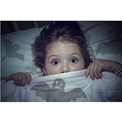 چرا کودکان از تاريکی می ترسند